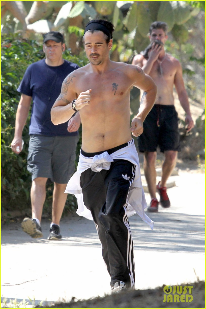 colin farrell shirtless run in hollywood 13