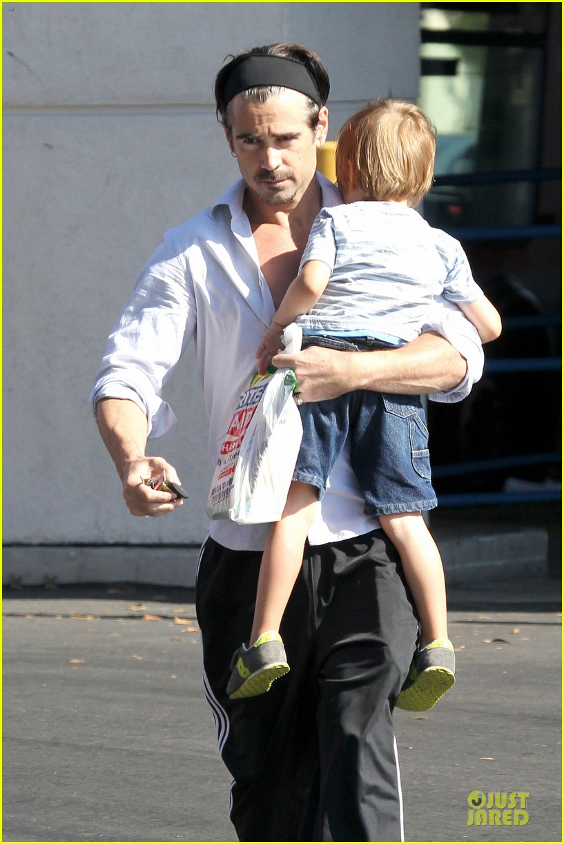 colin farrell rite aid snacks with henry 11