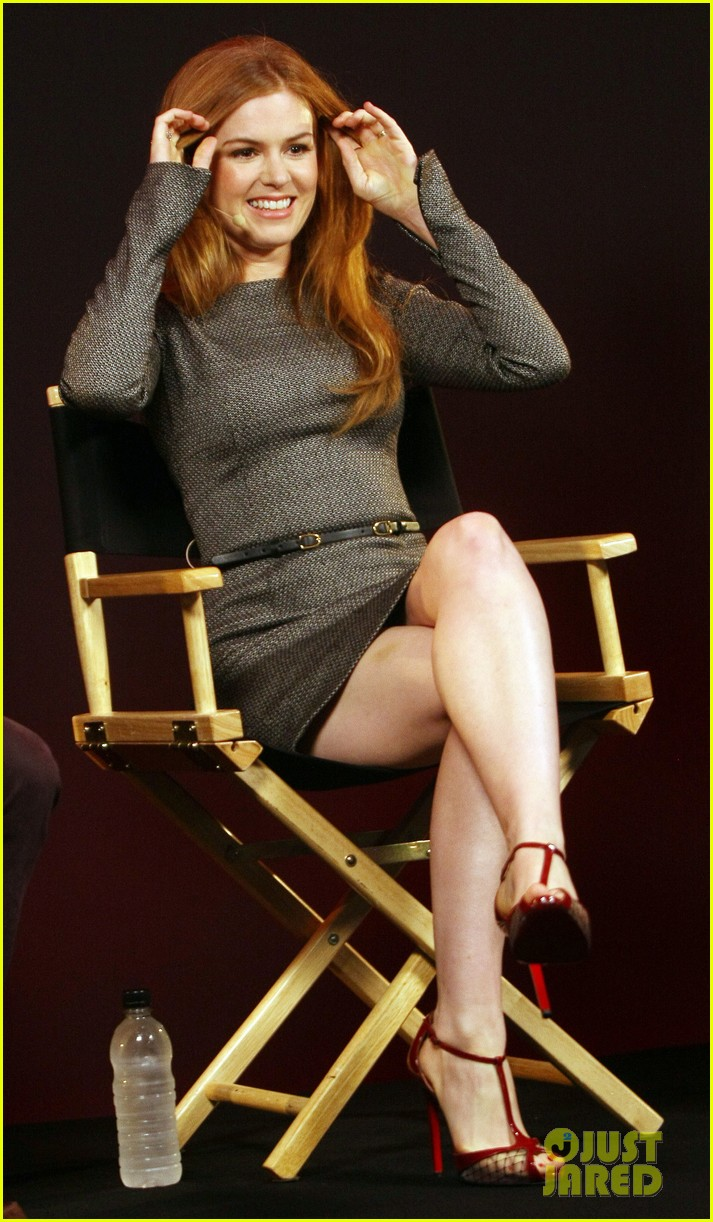 isla fisher apple store appearance in london 05