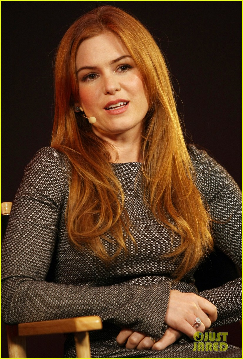 isla fisher apple store appearance in london 10
