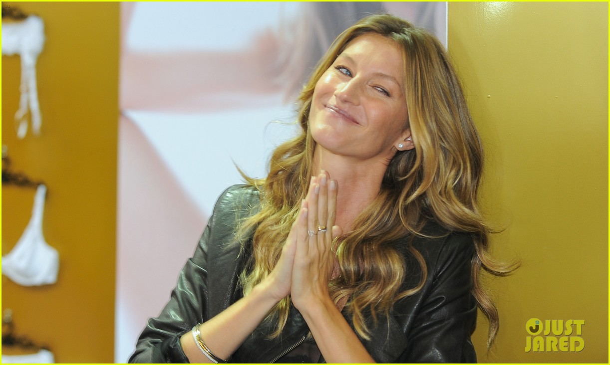 gisele bundchen launches her new lingerie line in brazil 24