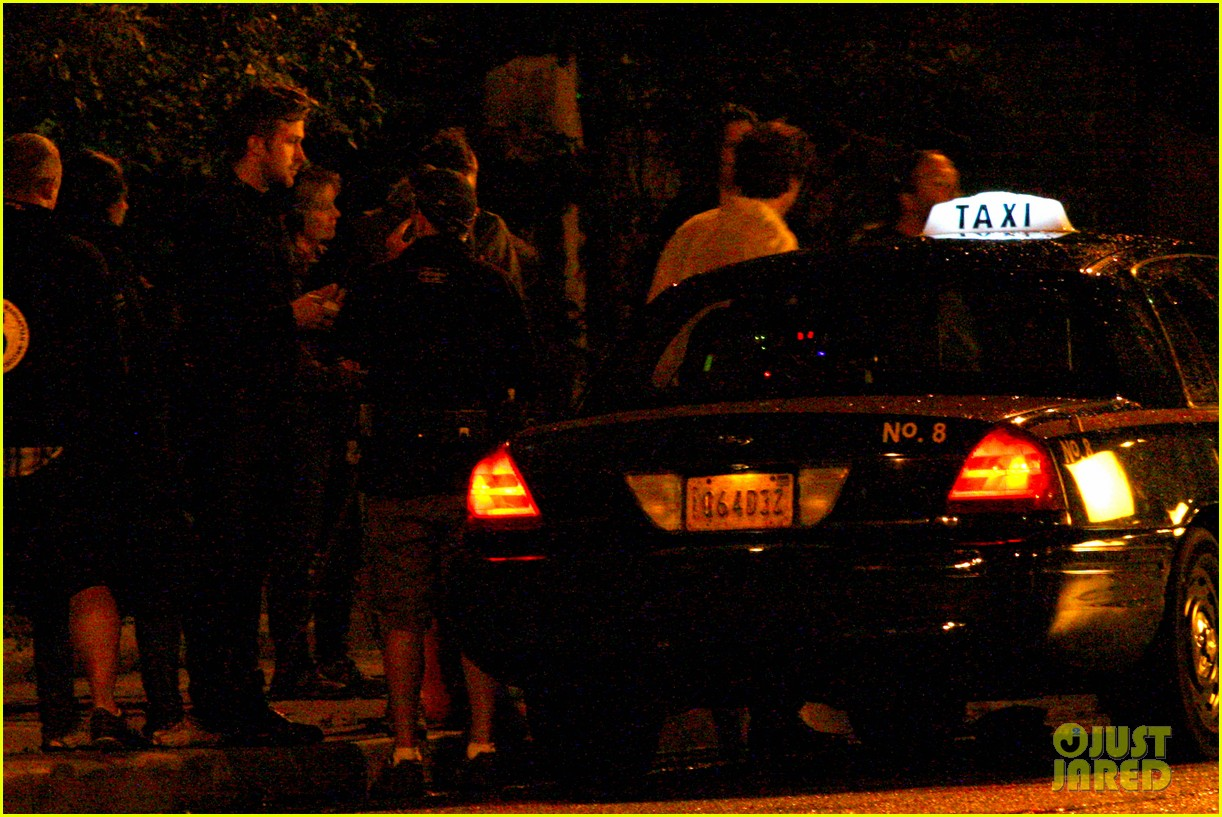 ryan gosling christina hendricks late night on monster set 11