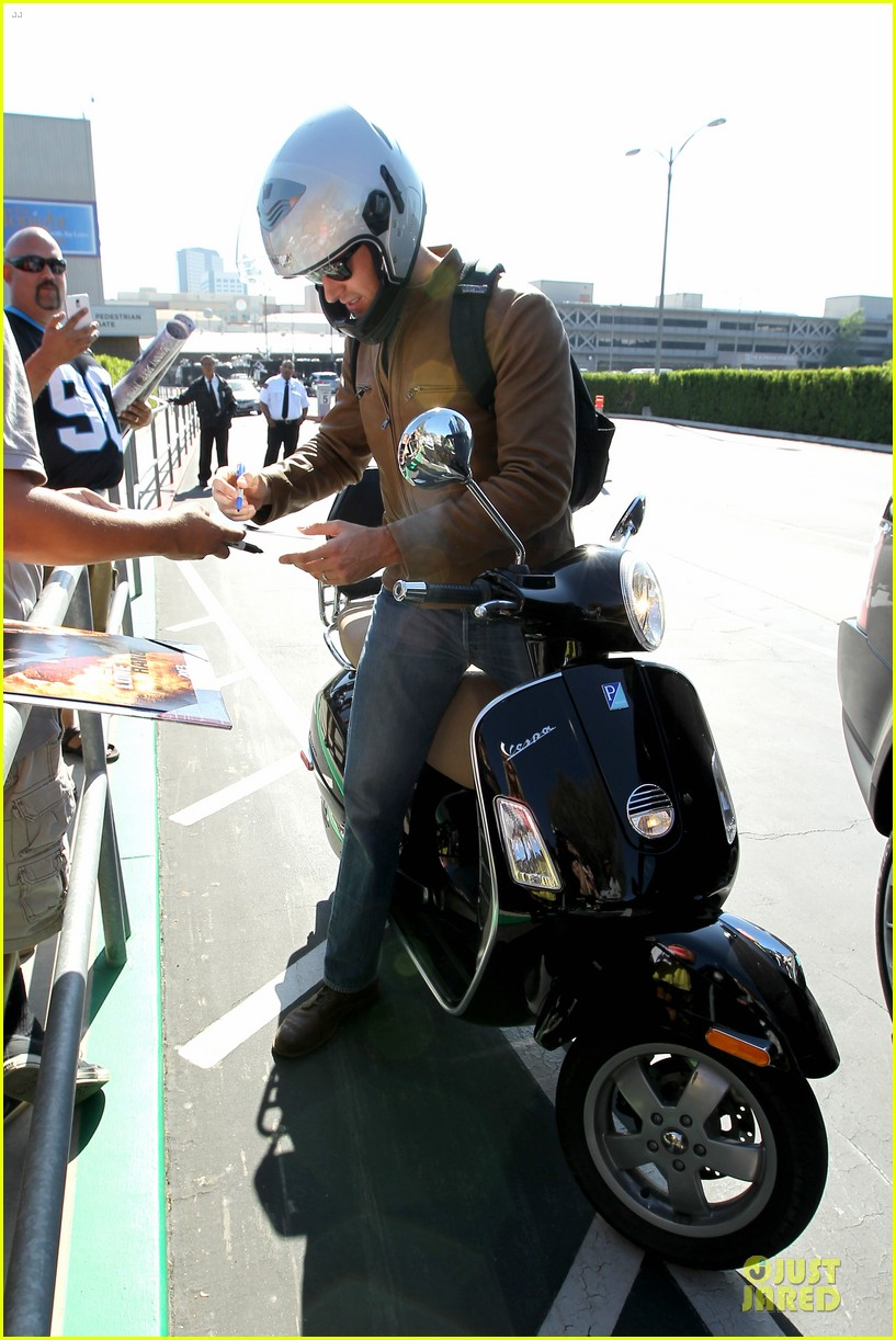 armie hammer motorcycle rider after leno appearance 14