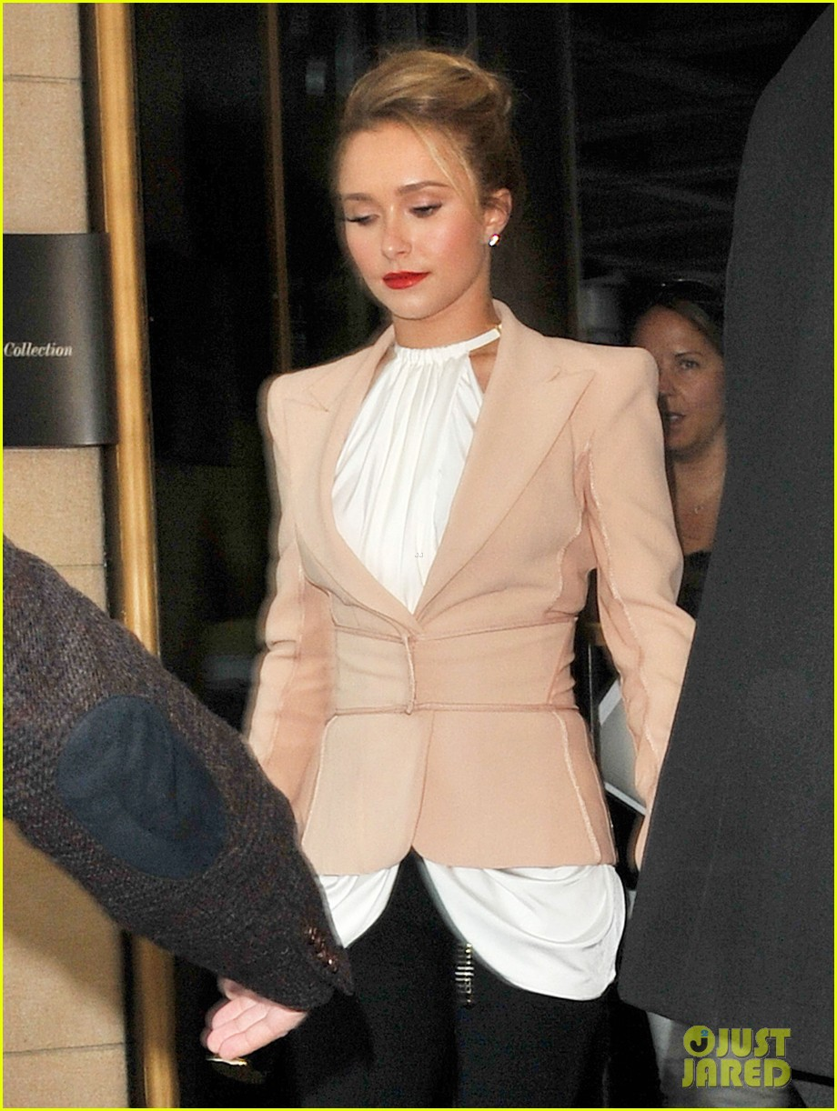 hayden panettiere it was tough growing up as an actor 06