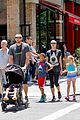 heidi klum martin kirsten take the kids to the park 15