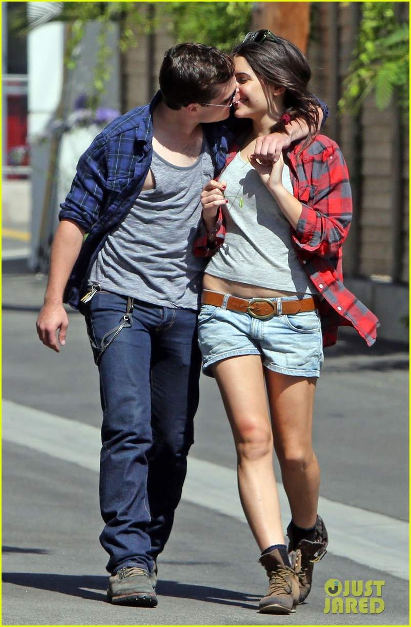 josh hutcherson claudia traisac kiss after motorcycle ride 152896644