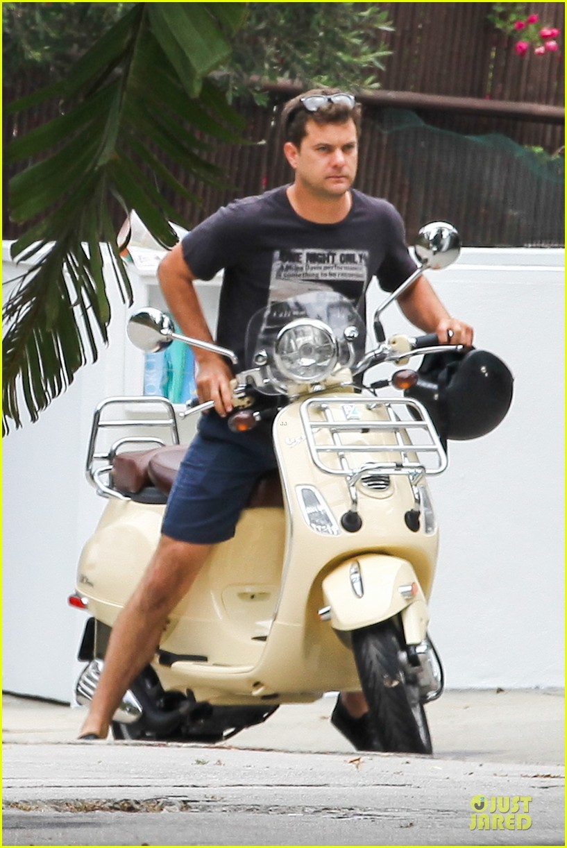 joshua jackson diane kruger engagement coming soon 04