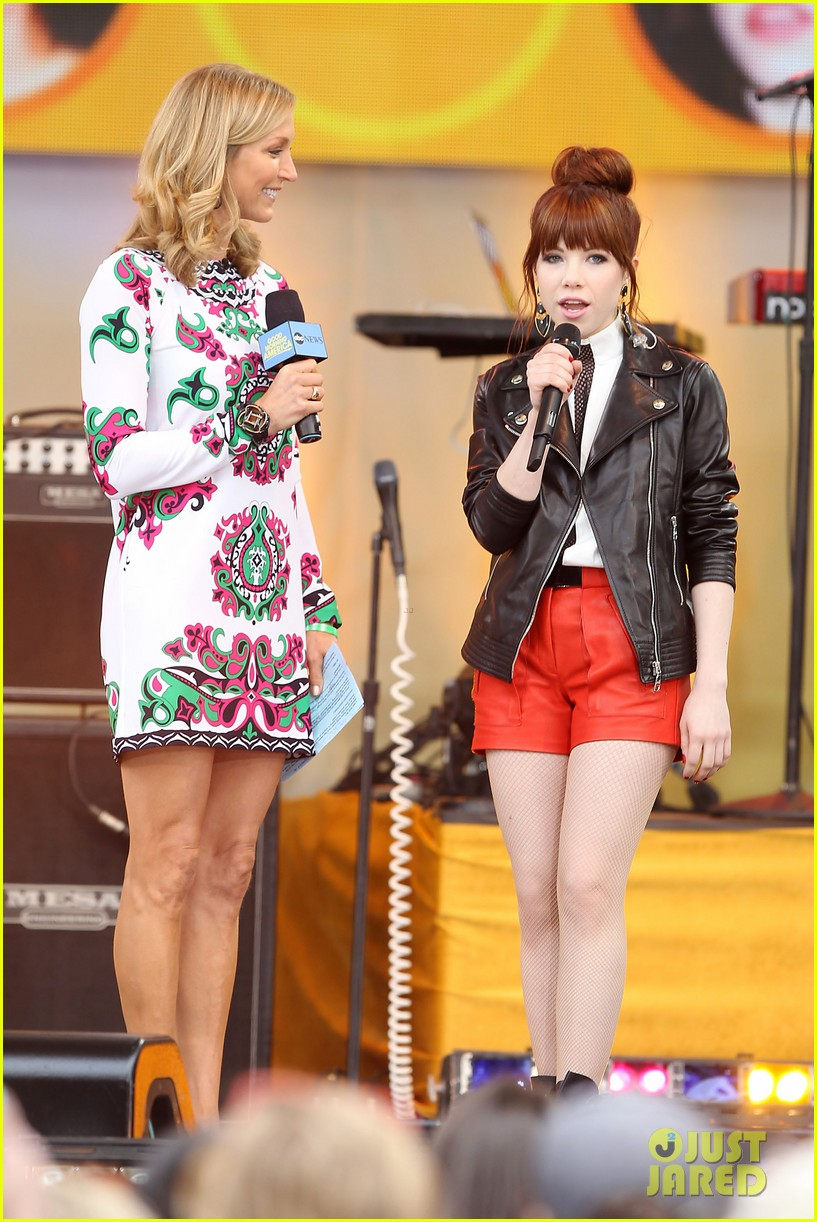 carly rae jepsen rocks good morning america 11