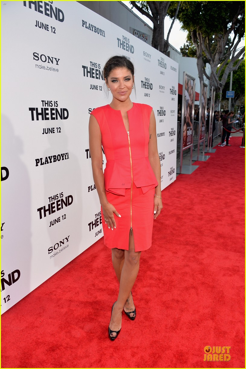 mindy kaling jessica shozr this is the end premiere 032884023