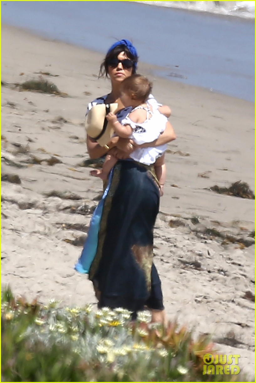 kourtney kardashian hits the beach after kim baby is born 122892807