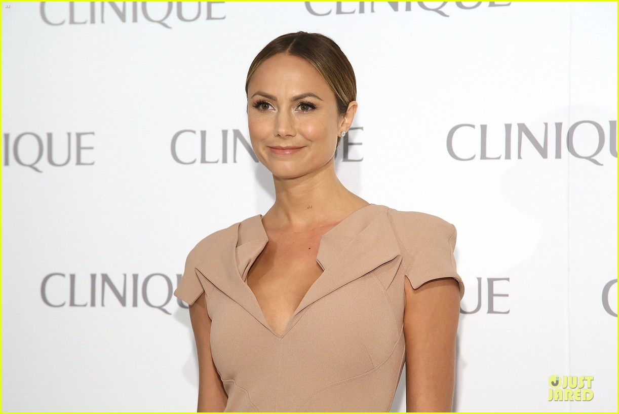 stacy keibler katharine mcphee dramatically different party 092894043