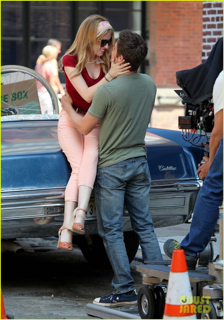 anna kendrick jeremy jordan kiss for last 5 years 08