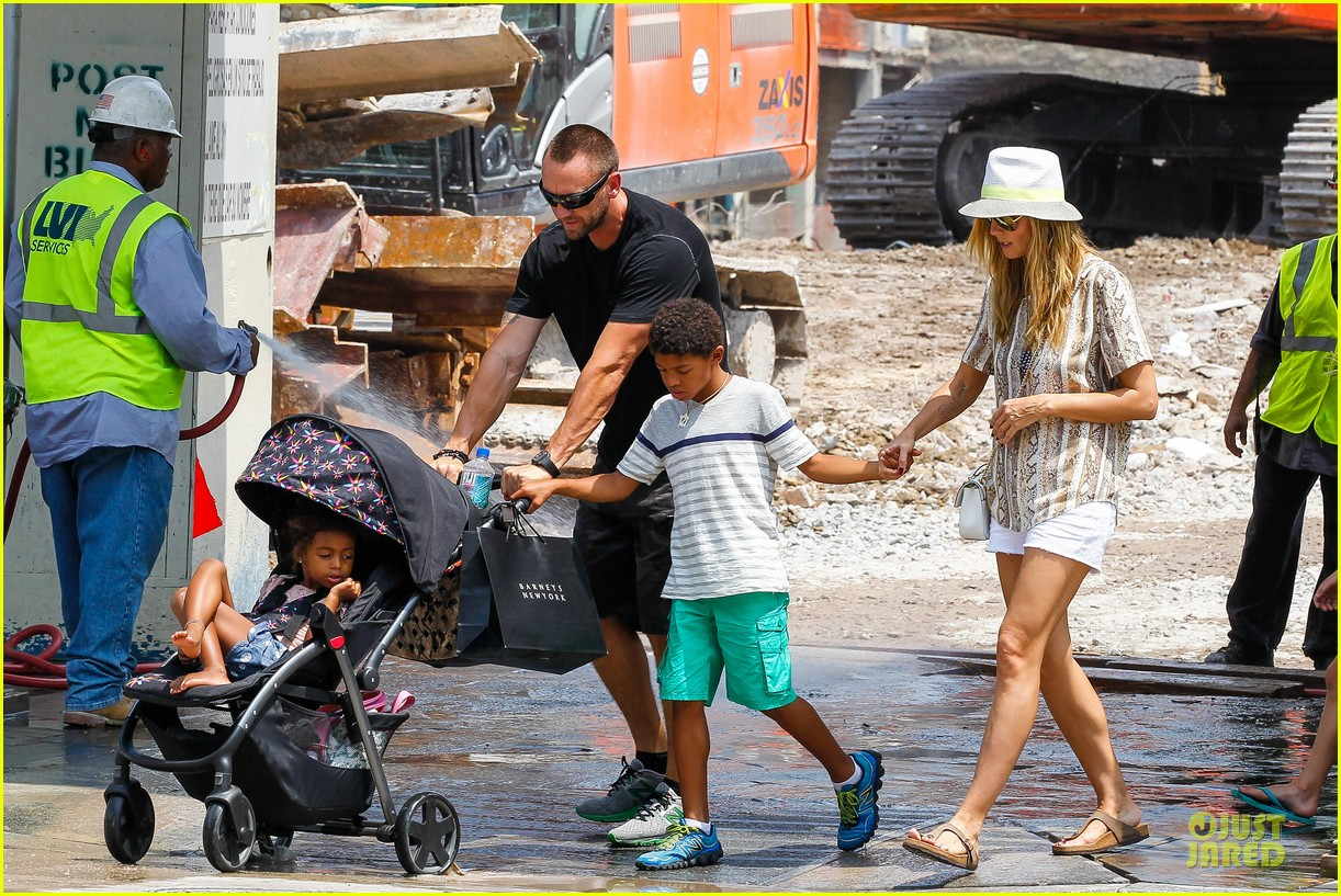heidi klum martin kirsten bar pitti lunch with the kids 29