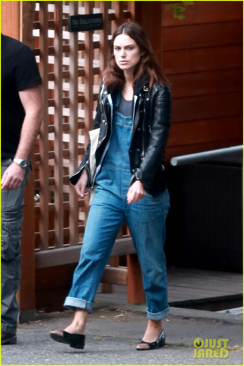 keira knightley james righton seattle kisses 15