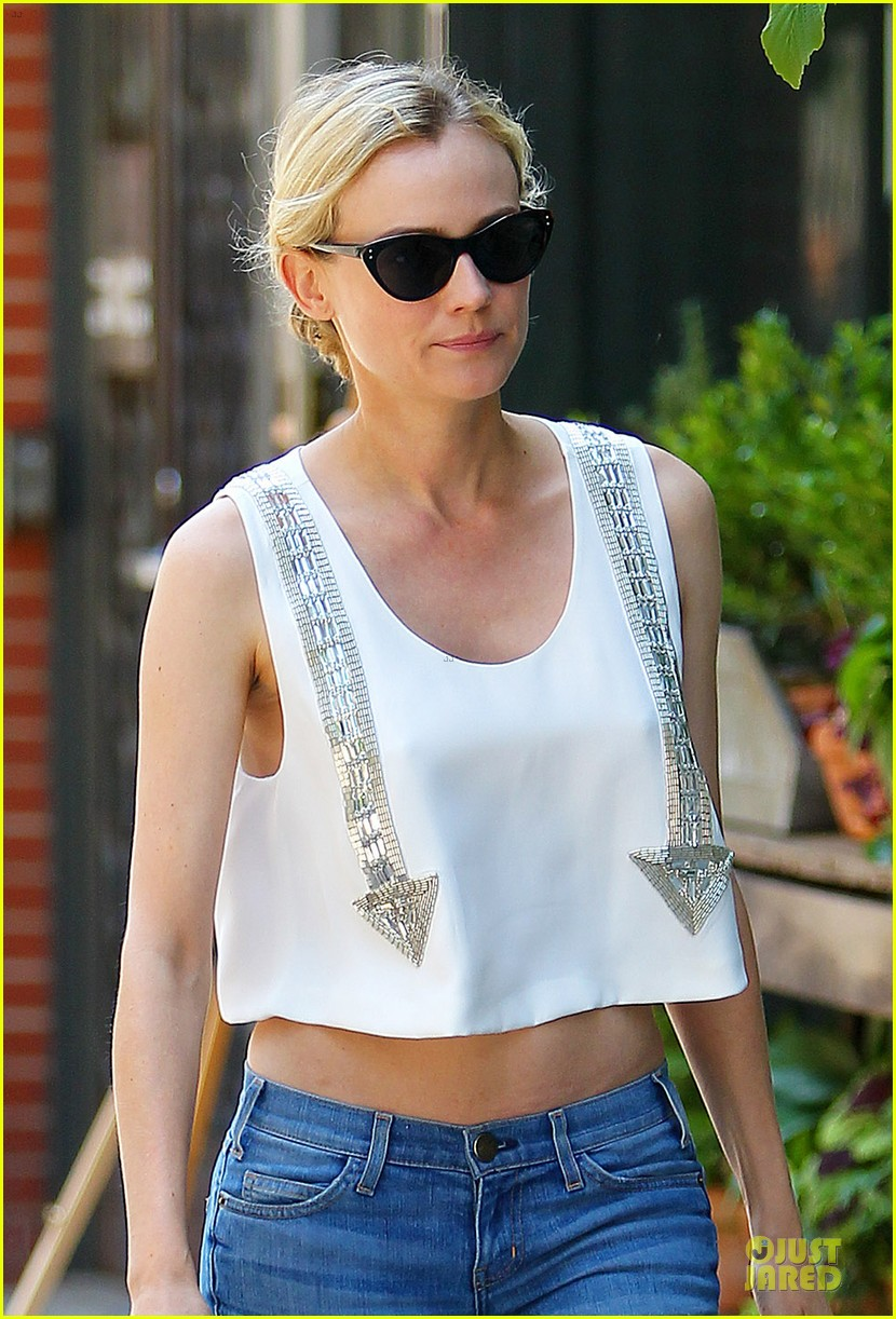 diane kruger midriff baring lunch with micah schifman 02