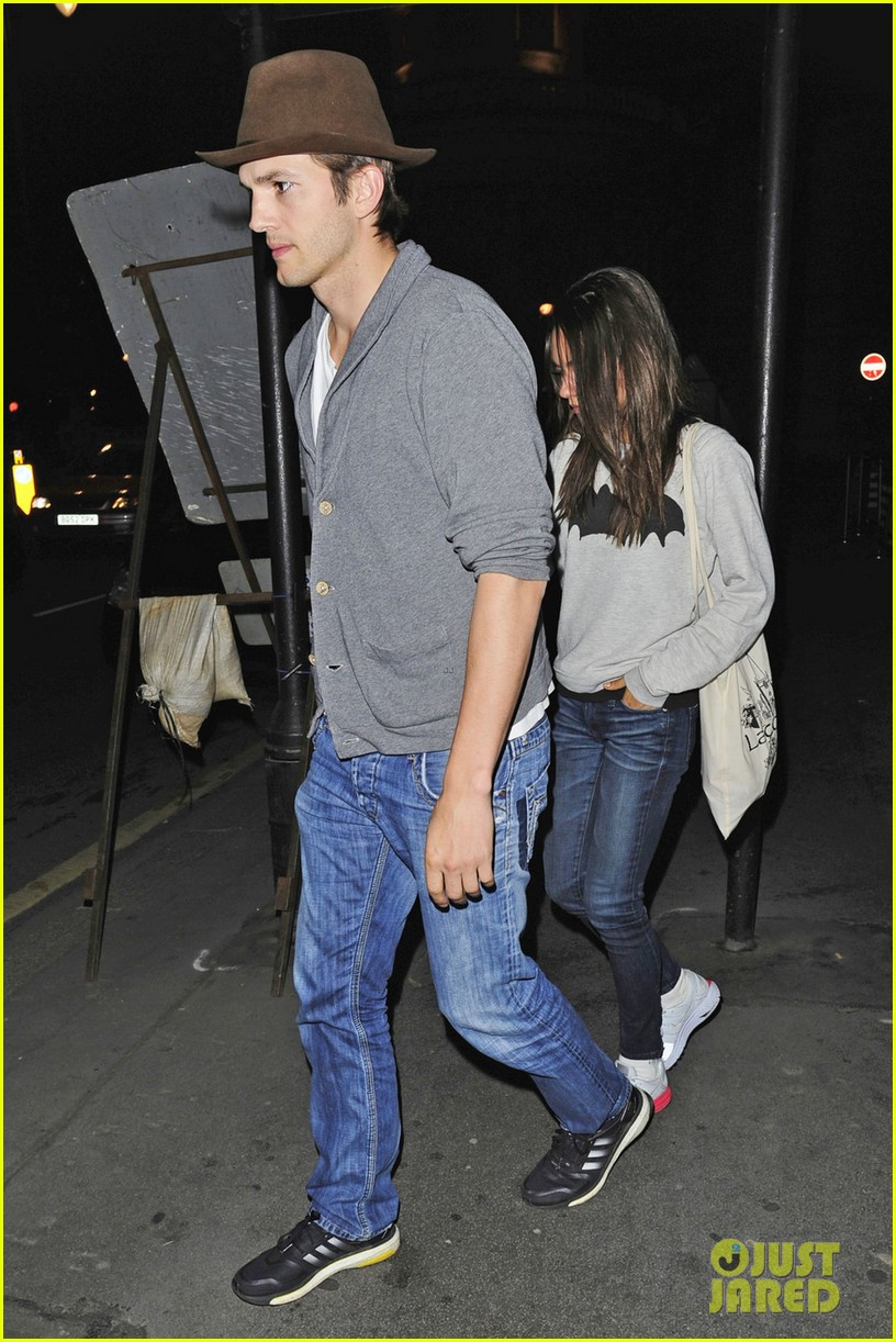 mila kunis and ashton kutcher dating 2013 Ashton kutcher biography with personal life  mila kunis (m 2015), demi moore (m 2005)  he disclosed that he was dating her in episode of punk'd.