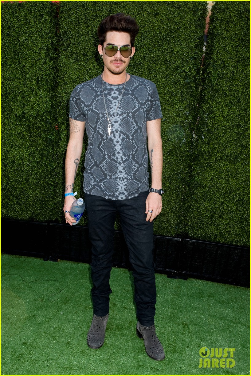 adam lambert hammer time at just jared summer kick off party presented by mcdonalds 012883179