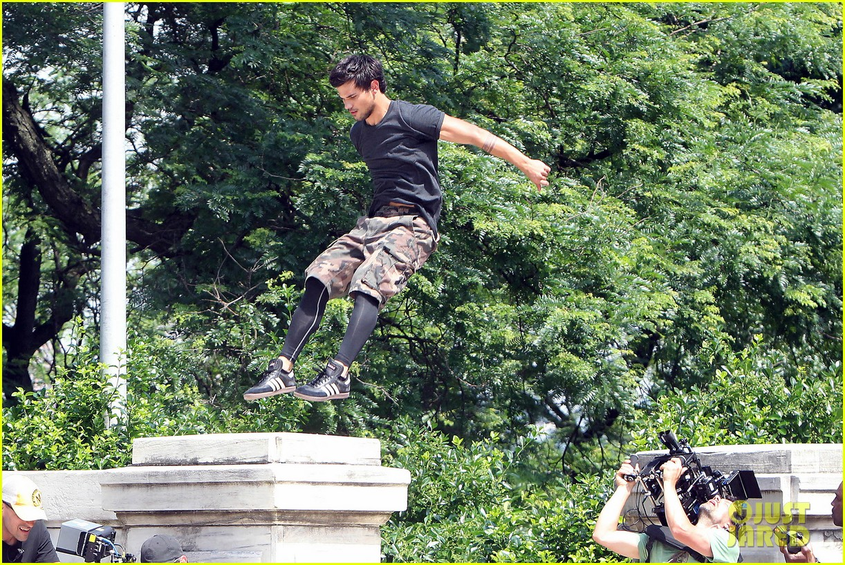 taylor lautner tracers shirt lift 16