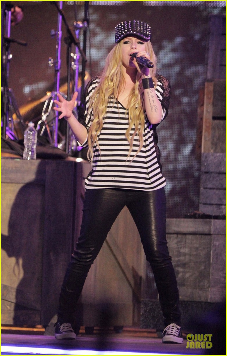 avril lavigne much music video awards rehearsal 03