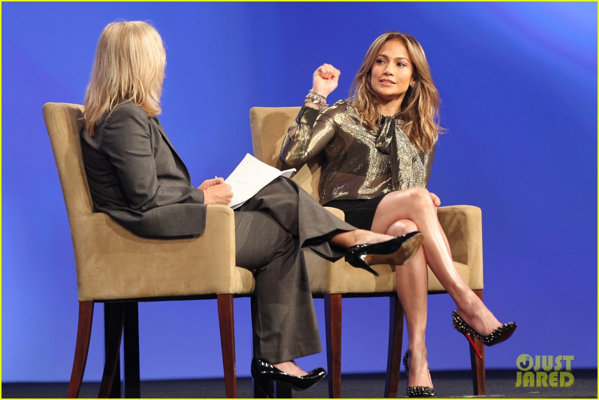 jennifer lopez visits the cable show 2013 in dc 02