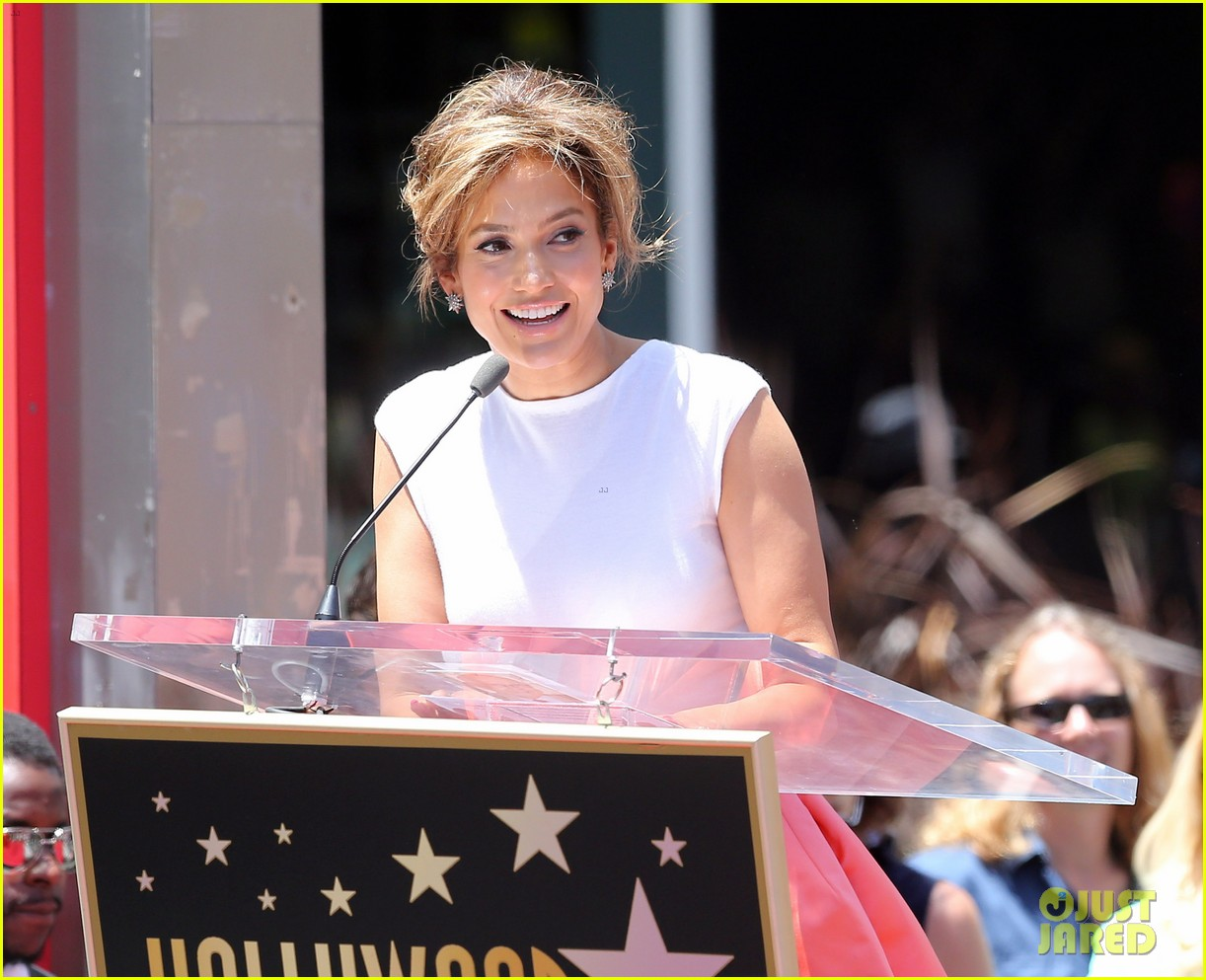 jennifer lopez receives star on hollywood walk of fame 17
