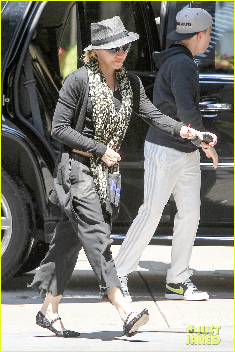 madonna former nyc apartment sold for 16 million 062892216