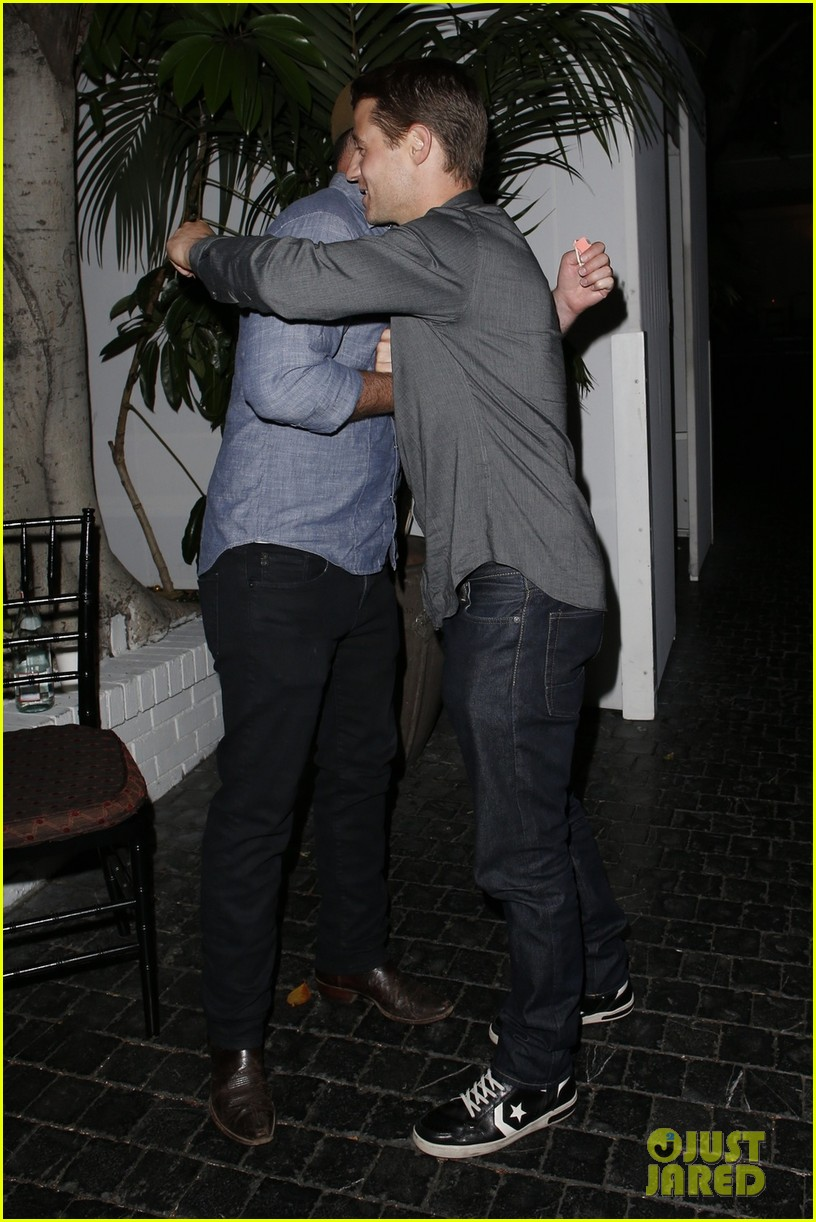 ben mckenzie chateau marmont night out with male pal 022892030