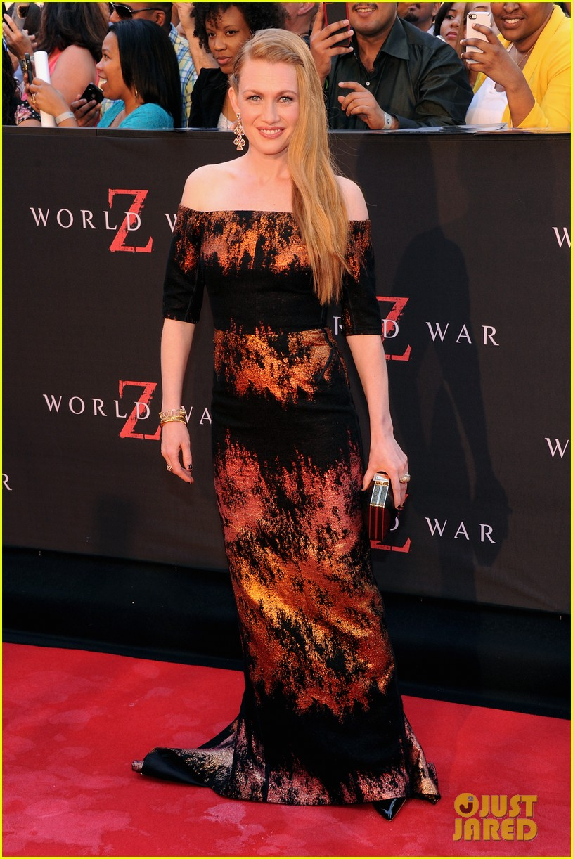 mireille enos james badge dale world war z premiere 01