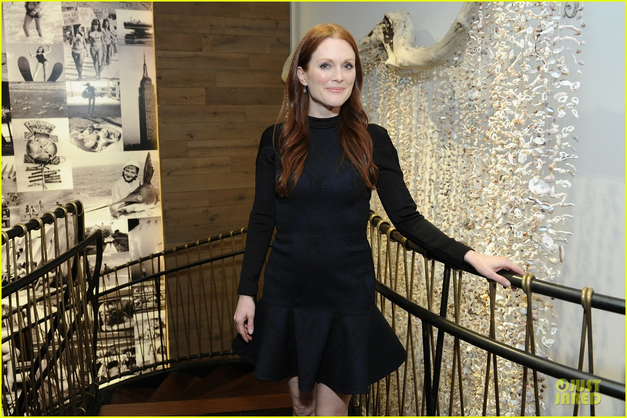 julianne moore dujour magazine summer issue cover party 06