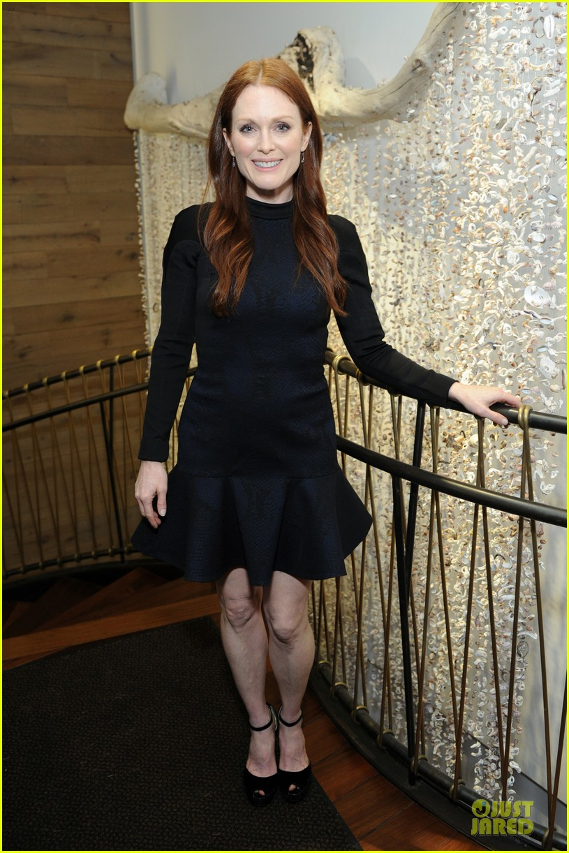 julianne moore dujour magazine summer issue cover party 09