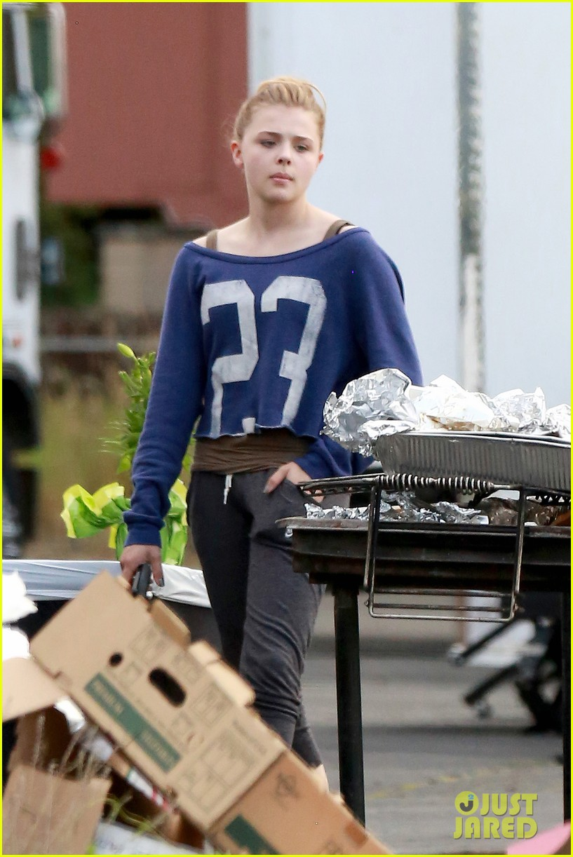 chloe moretz new kick ass 2 poster 12