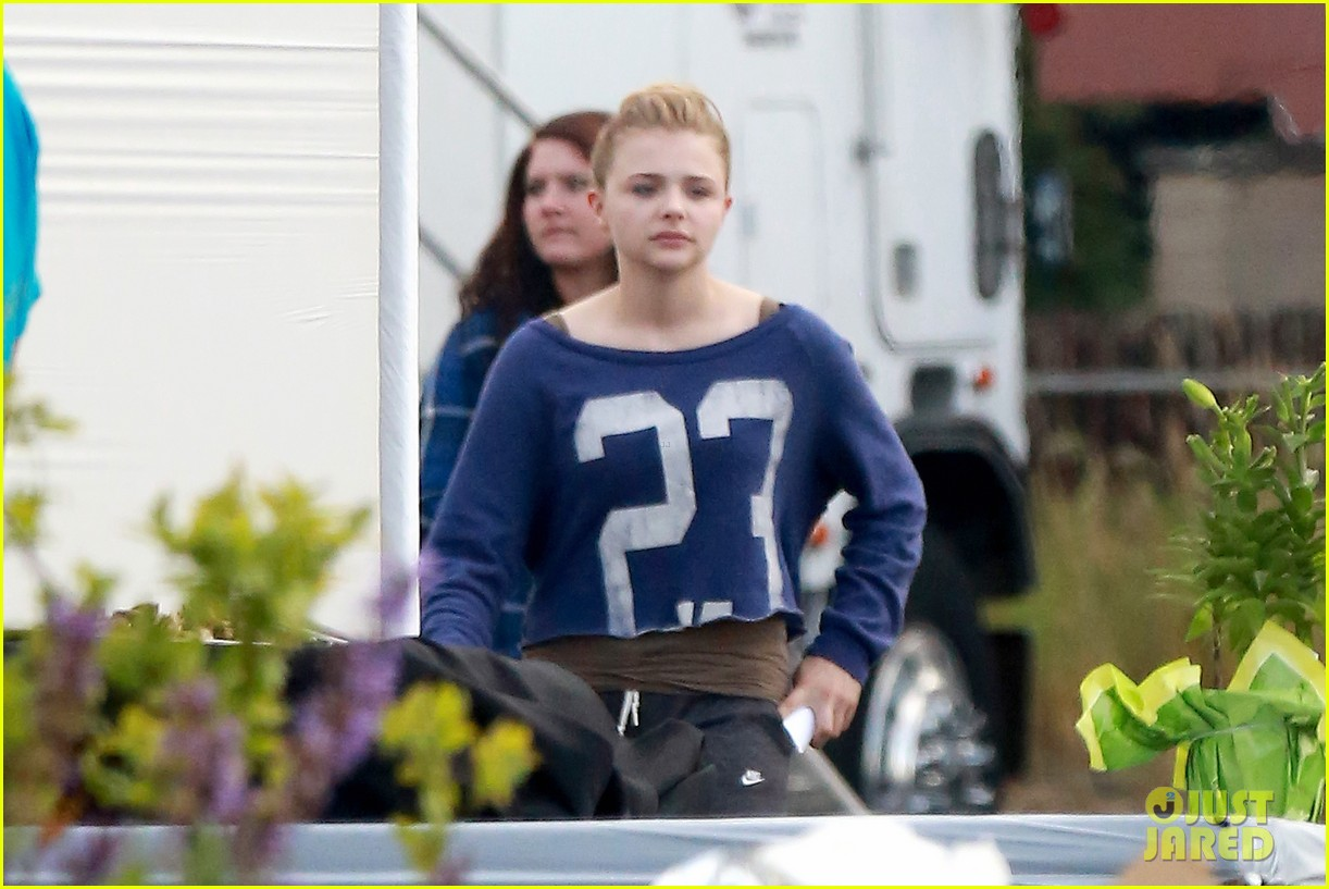 chloe moretz new kick ass 2 poster 17