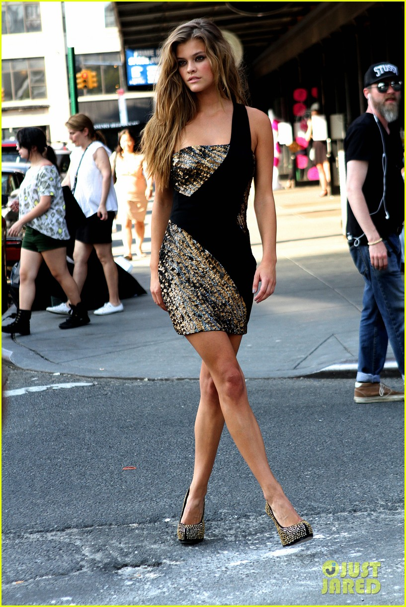 nina agdal photoshoot beauty in new york city 122895776
