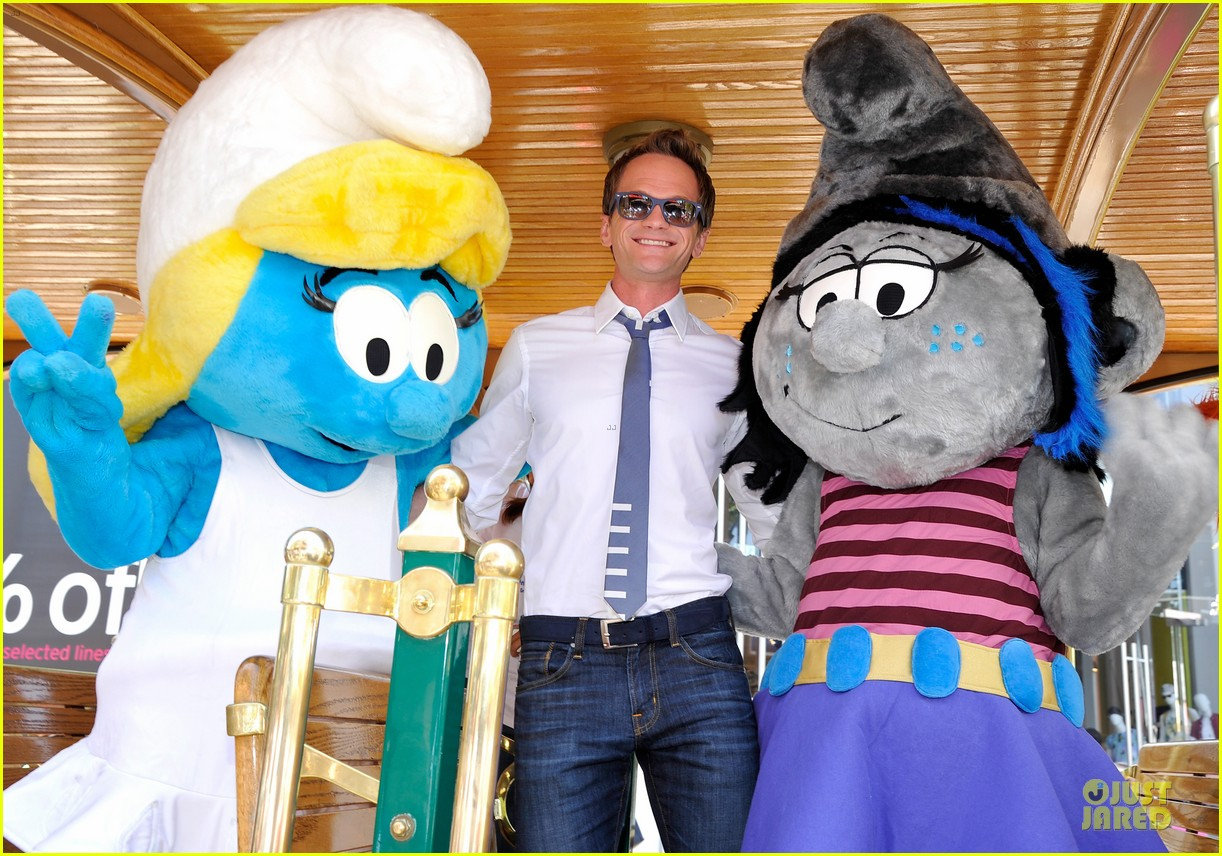 neil patrick harris global smurfs day celebration 10