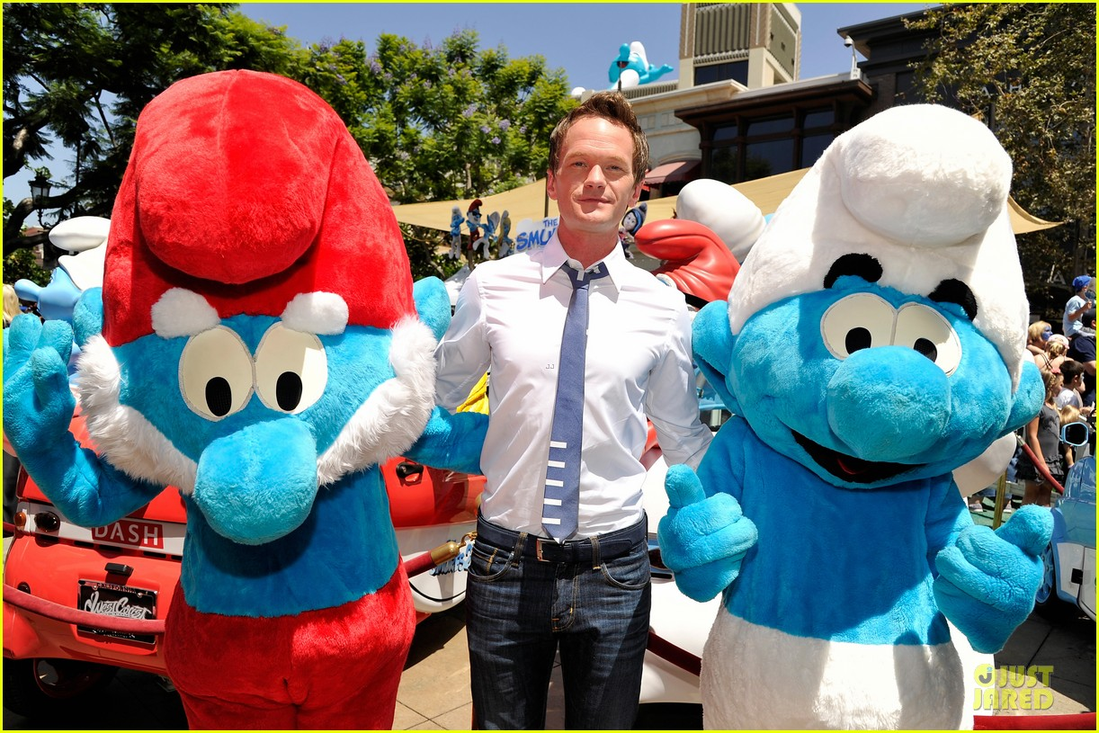 neil patrick harris global smurfs day celebration 132896358
