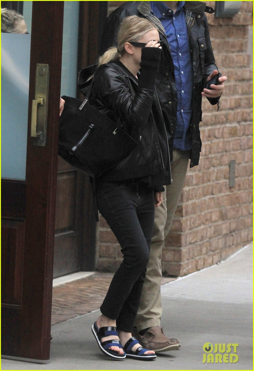 mary kate ashley olsen step out on 27th birthday 062890710
