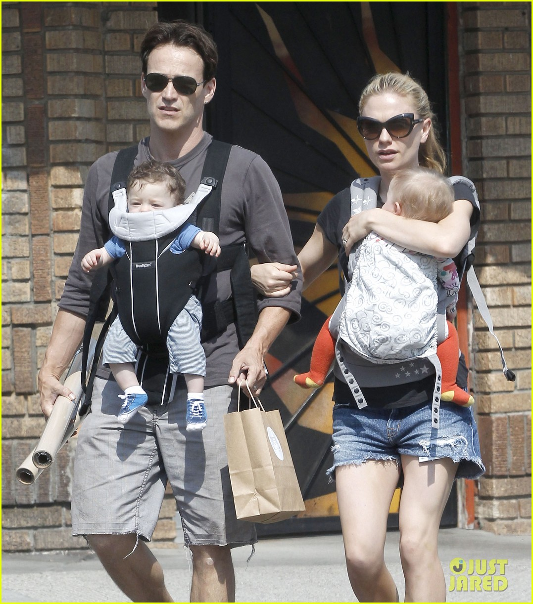 anna paquin stephen moyer lunch with charlie poppy 142900974