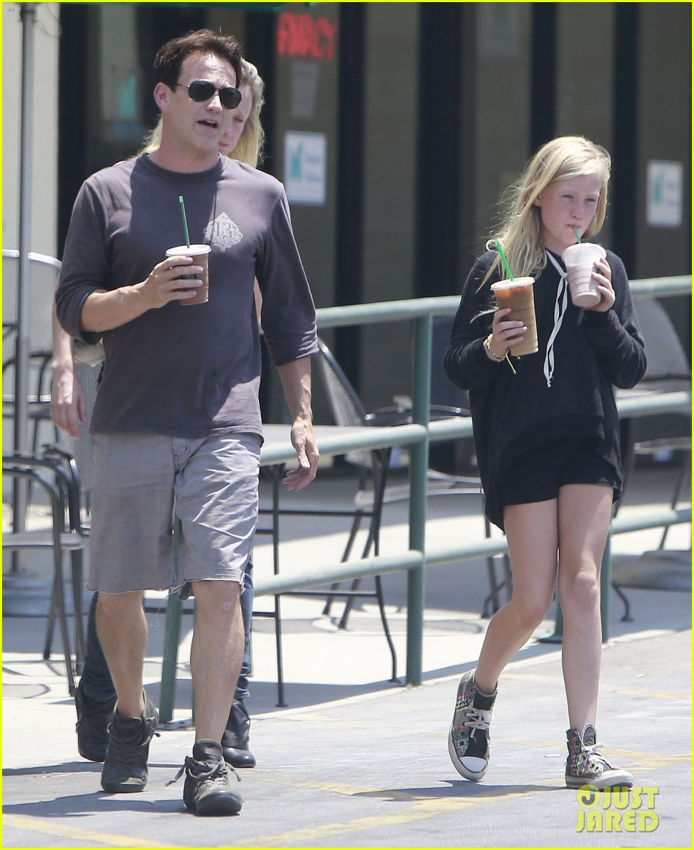anna paquin stephen moyer lunch with charlie poppy 27