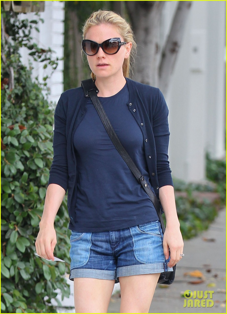 anna paquin i dont get much sleep being an actress mom 022884819
