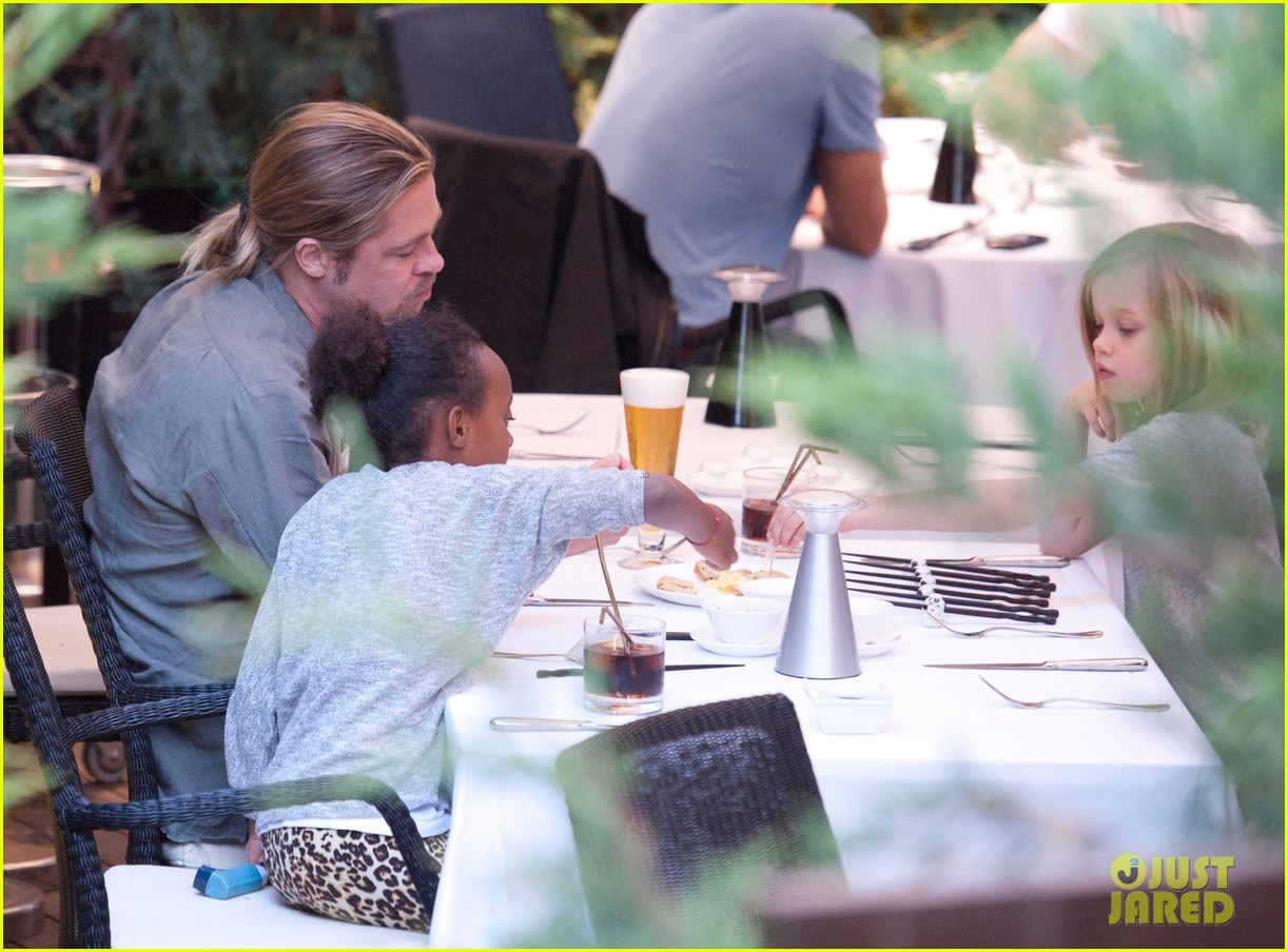 brad pitt japanese meal in spain with zahara shiloh 052896447