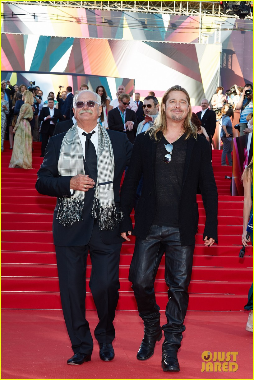 brad pitt world war z at moscow film festival 03