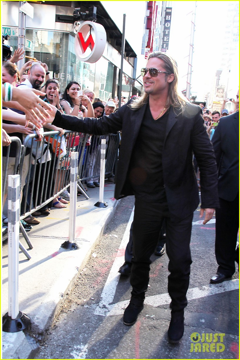 brad pitt world war z new york premiere 31