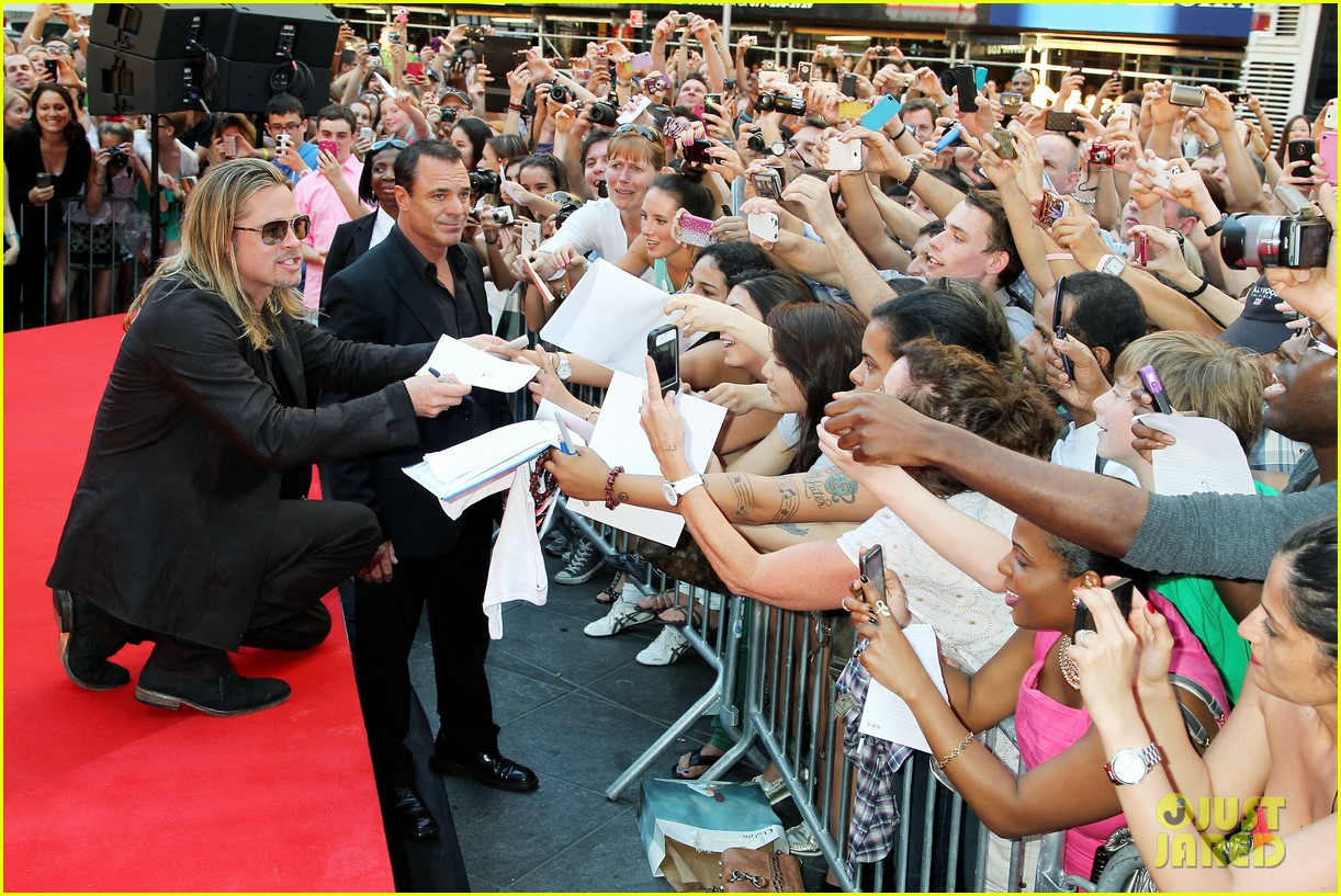brad pitt world war z new york premiere 392893181