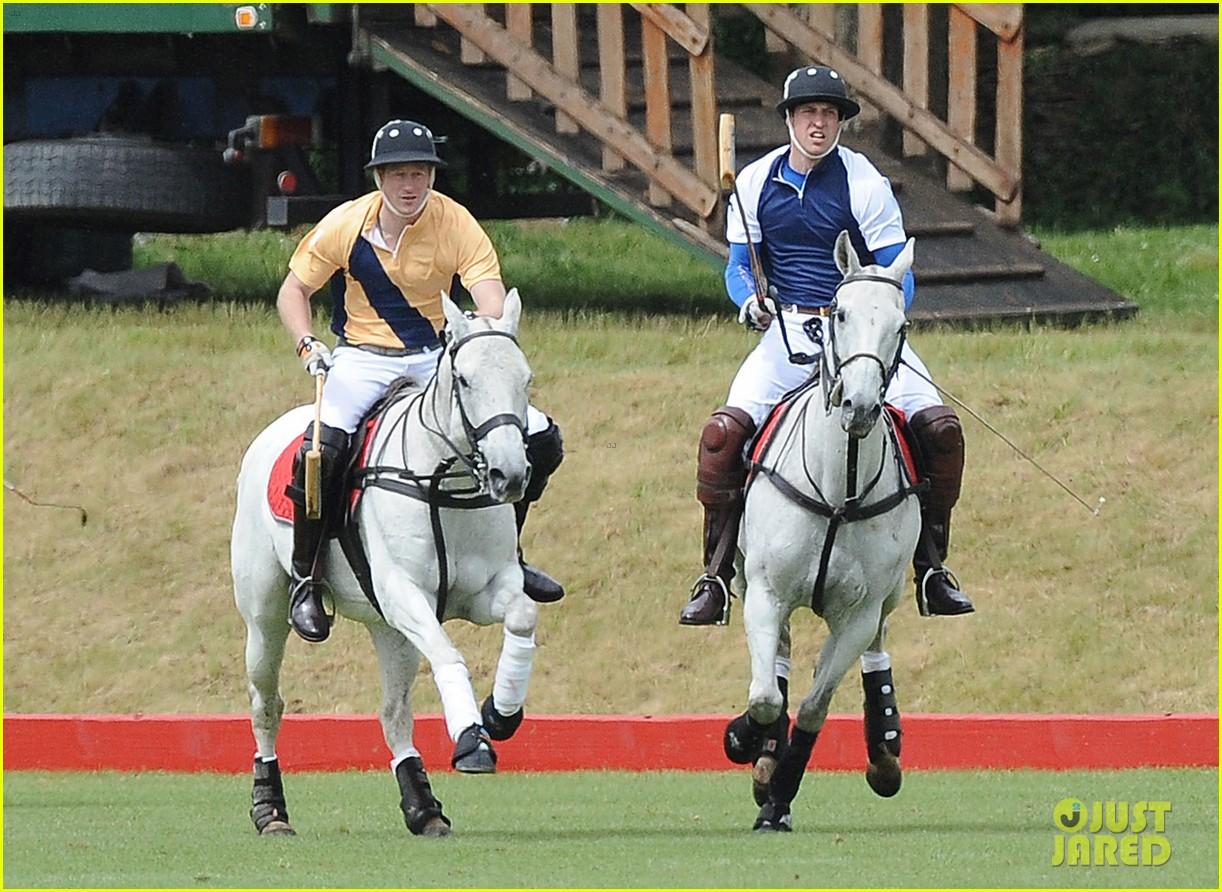 Full Sized Photo Of Prince William Harry International