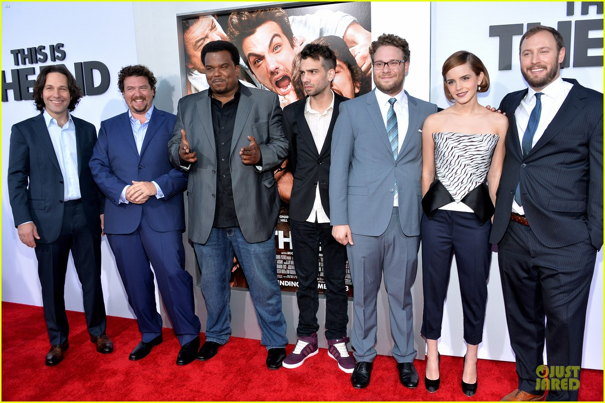 seth rogen paul rudd this is the end los angeles premiere 052883994