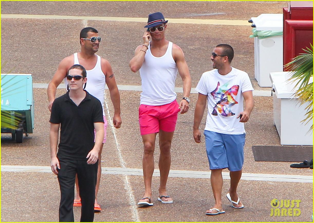 cristiano ronaldo shirtless yacht ride in miami 012891348