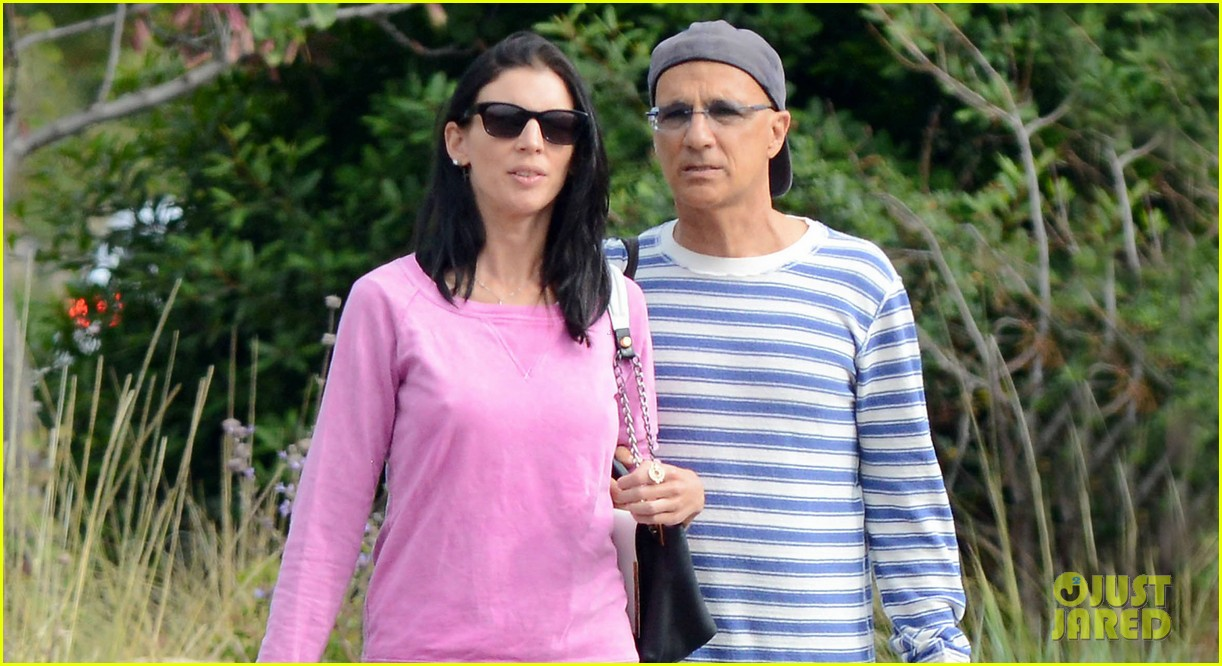 liberty ross jimmy iovine shop designer brands in malibu 02