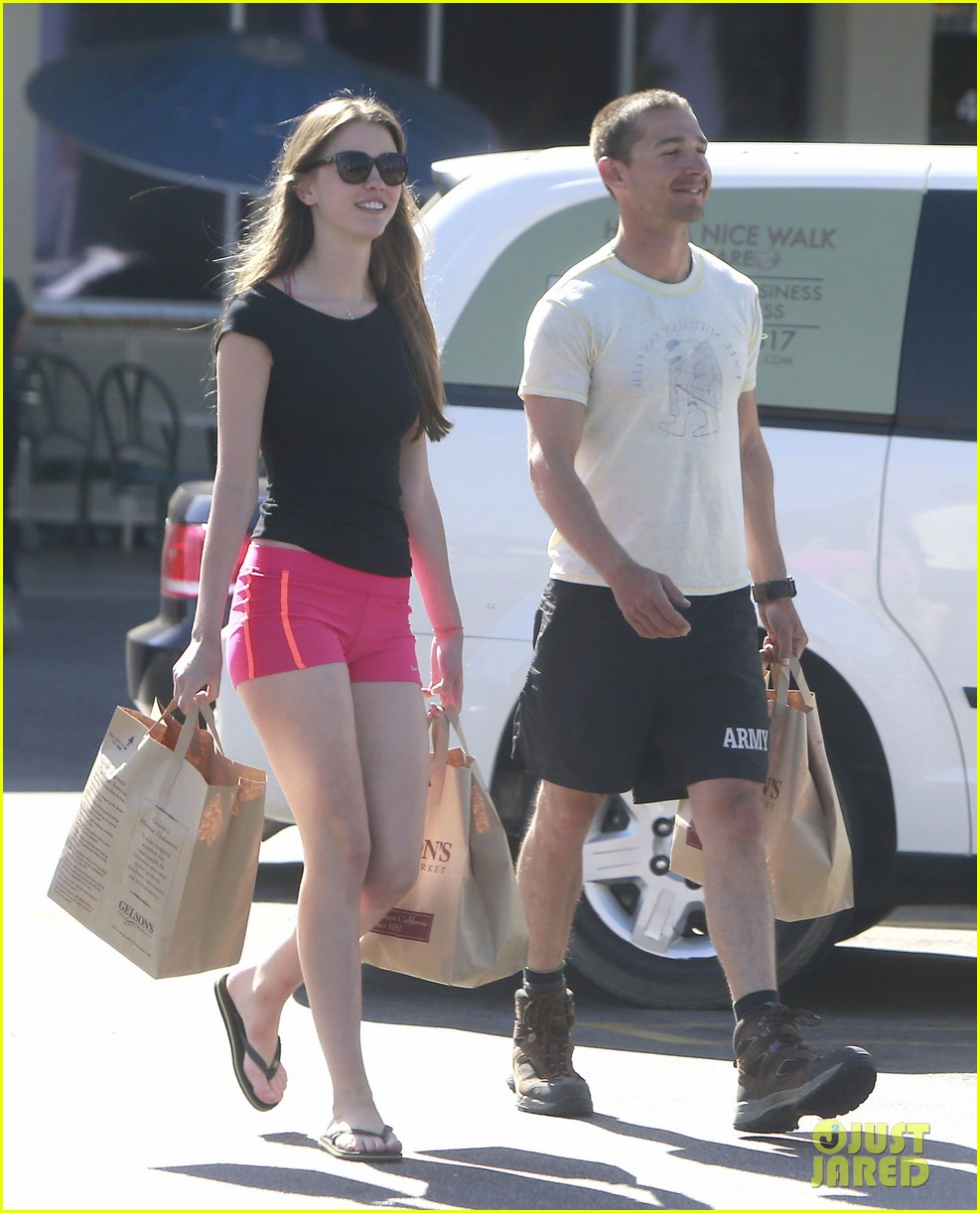 shia labeouf mia goth stock up for summer weekend 04