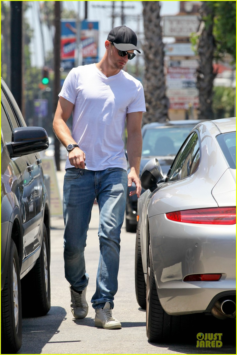 alexander skarsgard thai food craving hunk 092893090