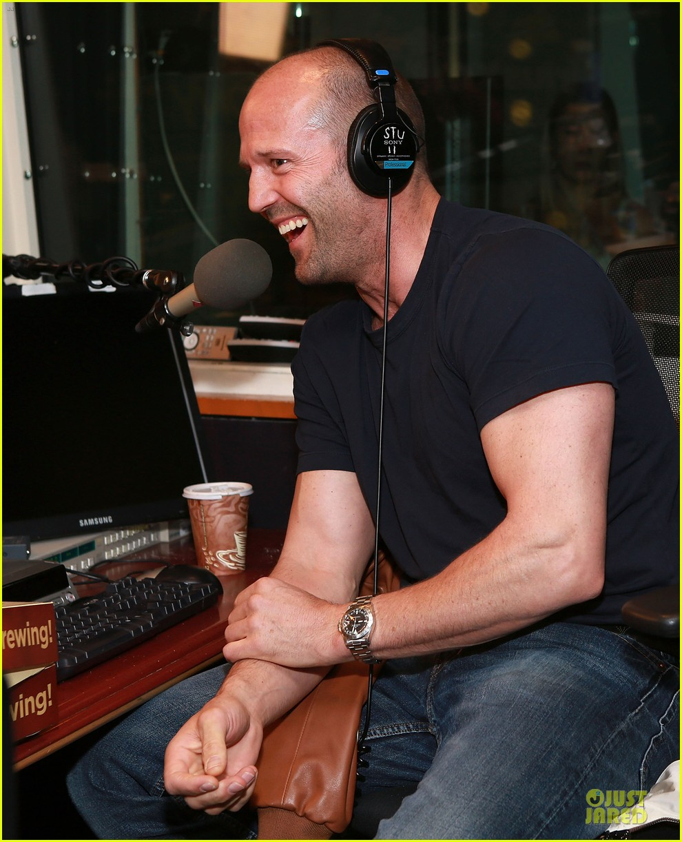 jason statham arm wrestling on fallon 092896147